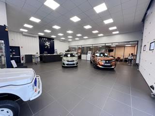 Peugeot beaurepaire garage jourdan v hicules neufs et for Garage pouget brive occasion